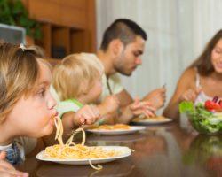 Family Dinner - Spaghetti Face