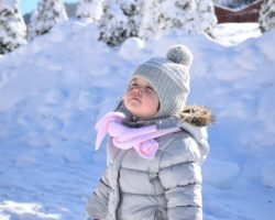 8 Magical Winter Traditions to Start with Your Family